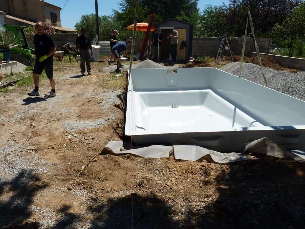 Bassin Hors Sol Parpaing comment bien choisir sa future piscine à coque ? nos conseils