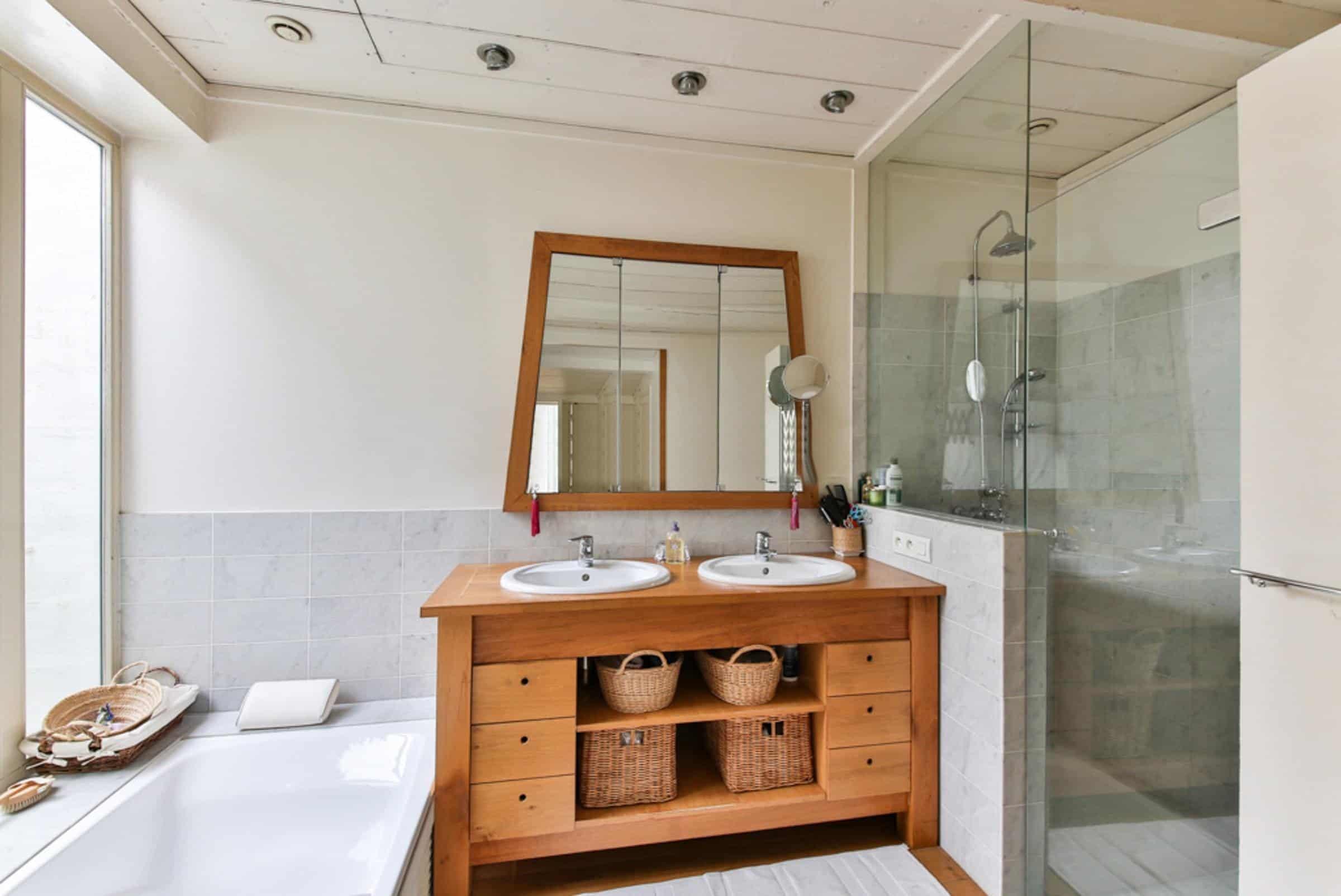 Salle de bain compacte